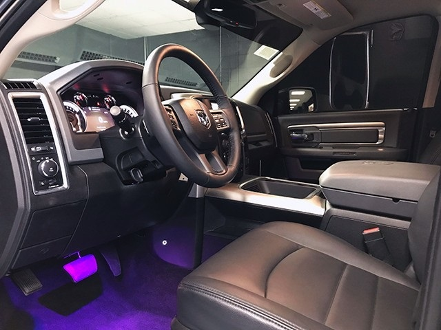 2018 Ram 1500 Crew Cab 4x4 Pickup #R1573LFT - photo 12