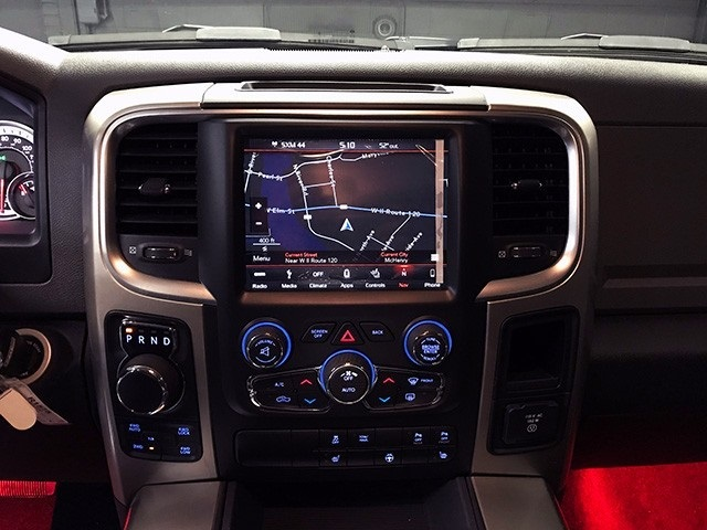 2018 Ram 1500 Crew Cab 4x4 Pickup #R1575LFT - photo 17