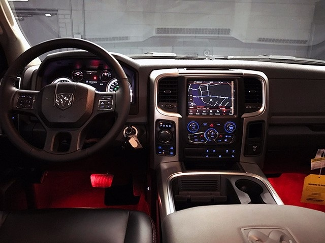 2018 Ram 1500 Crew Cab 4x4 Pickup #R1575LFT - photo 21