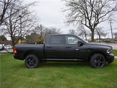 2018 Ram 1500 Crew Cab 4x4 Pickup #R1576 - photo 5