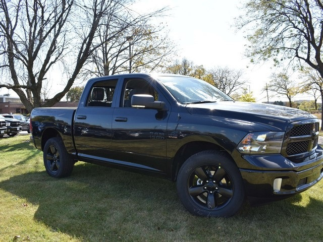 2018 Ram 1500 Crew Cab 4x4, Pickup #R1581 - photo 1