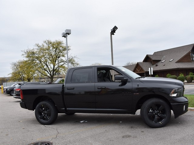 2018 Ram 1500 Crew Cab 4x4, Pickup #R1582 - photo 7