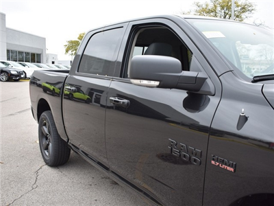 2018 Ram 1500 Crew Cab 4x4, Pickup #R1582 - photo 16