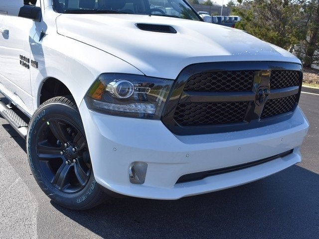 2018 Ram 1500 Crew Cab 4x4 Pickup #R1596 - photo 3