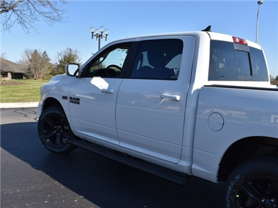 2018 Ram 1500 Crew Cab 4x4 Pickup #R1596 - photo 10