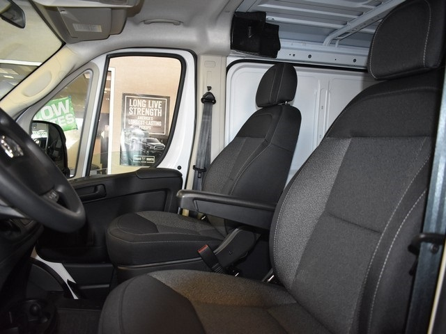 2018 ProMaster 1500 Standard Roof FWD,  Empty Cargo Van #R1628 - photo 18