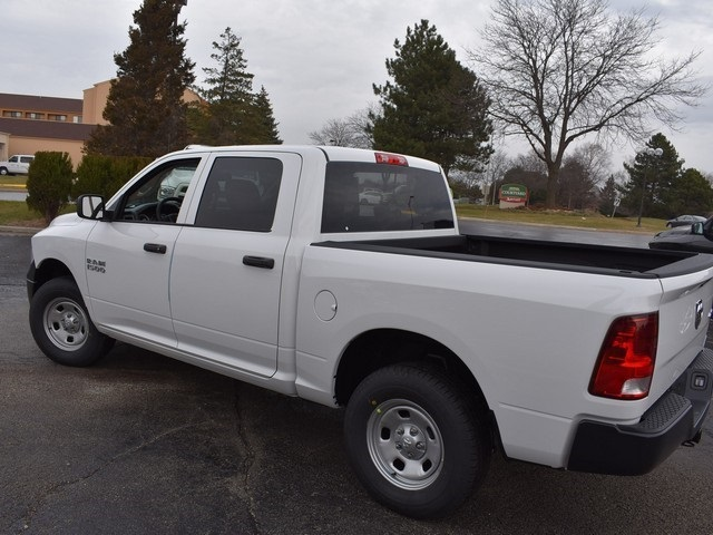 2018 Ram 1500 Crew Cab 4x4, Pickup #R1635 - photo 9