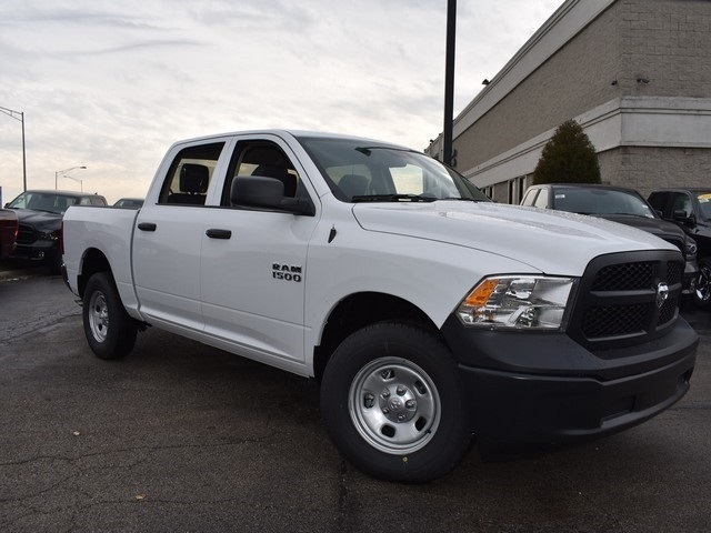 2018 Ram 1500 Crew Cab 4x4, Pickup #R1635 - photo 13
