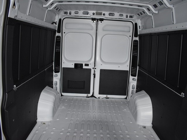 2018 ProMaster 2500 High Roof, Cargo Van #R1668 - photo 2