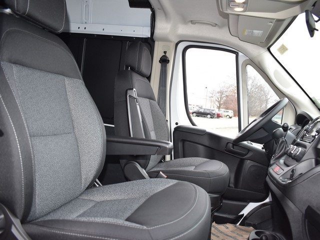 2018 ProMaster 2500 High Roof, Cargo Van #R1668 - photo 9