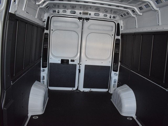 2018 ProMaster 2500 High Roof, Cargo Van #R1685 - photo 2