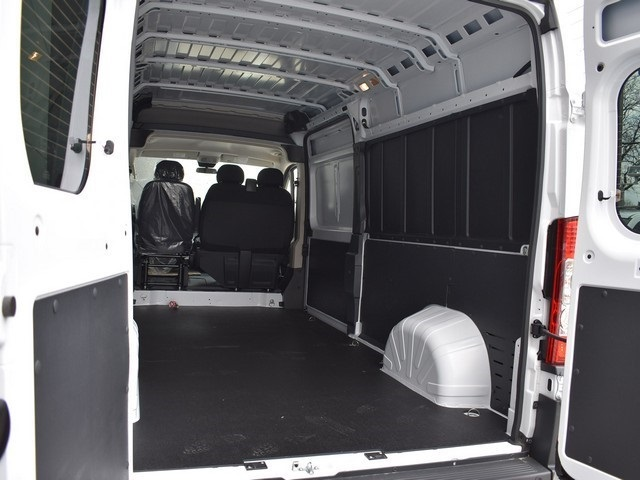 2018 ProMaster 2500 High Roof, Cargo Van #R1690 - photo 2
