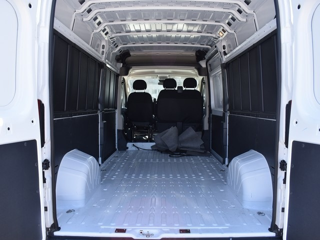 2018 ProMaster 2500 High Roof, Cargo Van #R1694 - photo 2