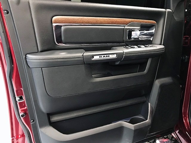 2018 Ram 1500 Crew Cab 4x4,  Pickup #R1698LFT - photo 23