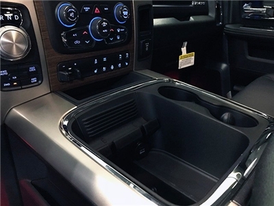 2018 Ram 1500 Crew Cab 4x4,  Pickup #R1698LFT - photo 30