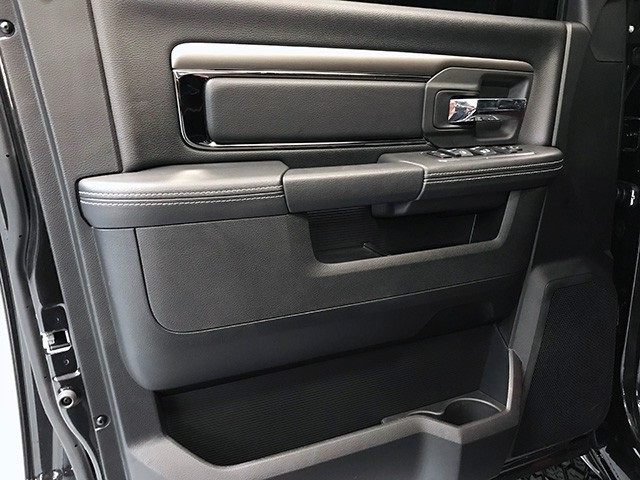 2018 Ram 1500 Crew Cab 4x4,  Pickup #R1705LFT - photo 17