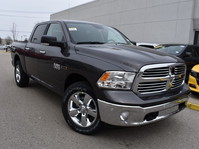 2018 Ram 1500 Crew Cab 4x4, Pickup #R1729 - photo 3