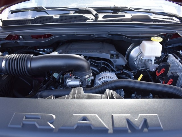 2019 Ram 1500 Crew Cab 4x4, Pickup #R1753 - photo 26