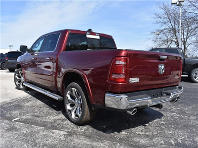 2019 Ram 1500 Crew Cab 4x4, Pickup #R1753 - photo 5