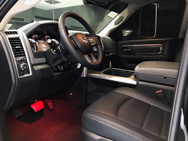 2018 Ram 1500 Crew Cab 4x4,  Pickup #R1788LFT - photo 12
