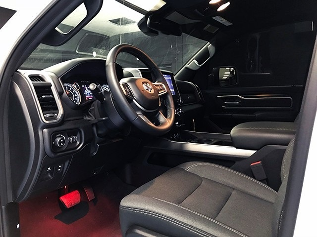 2019 Ram 1500 Crew Cab 4x4,  Pickup #R1800LFT - photo 12