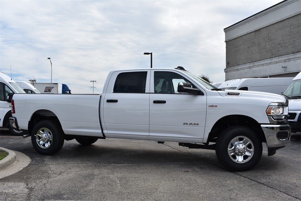2019 Ram 3500 Crew Cab 4x4, Pickup #R2242 - photo 6