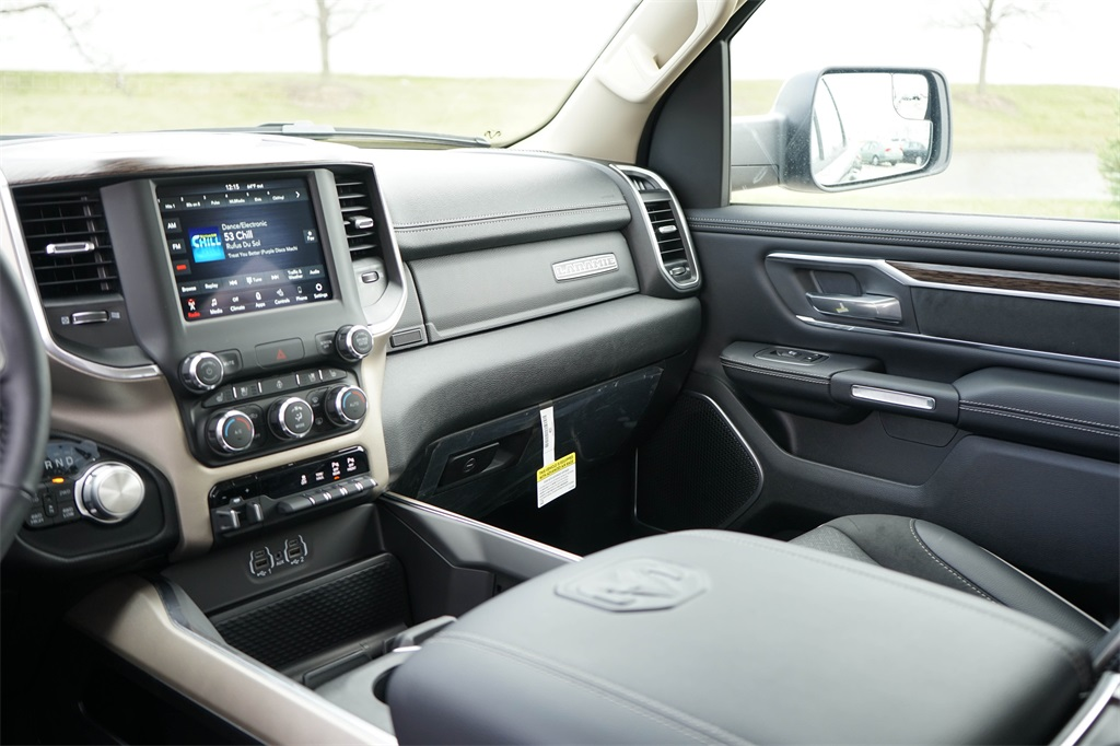 2020 Ram 1500 Crew Cab 4x4, Pickup #R2510 - photo 22