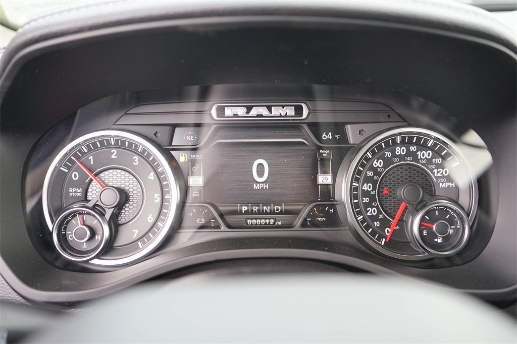 2020 Ram 1500 Crew Cab 4x4, Pickup #R2510 - photo 28