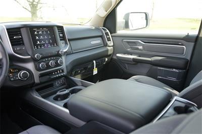 2020 Ram 1500 Crew Cab 4x4, Pickup #R2523 - photo 19