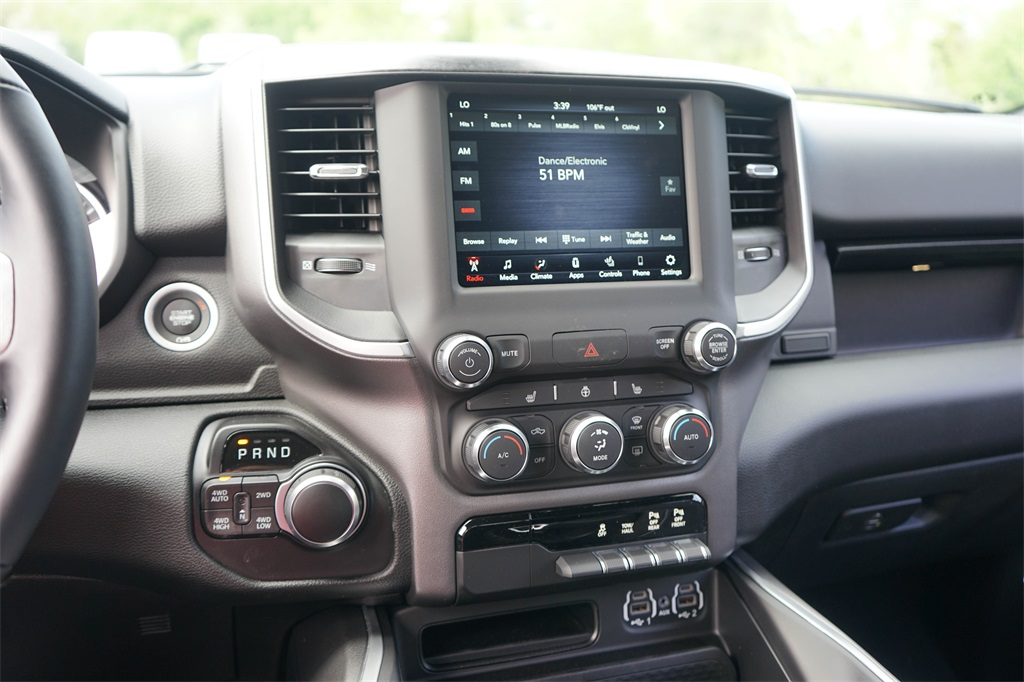 2020 Ram 1500 Crew Cab 4x4, Pickup #R2541 - photo 21