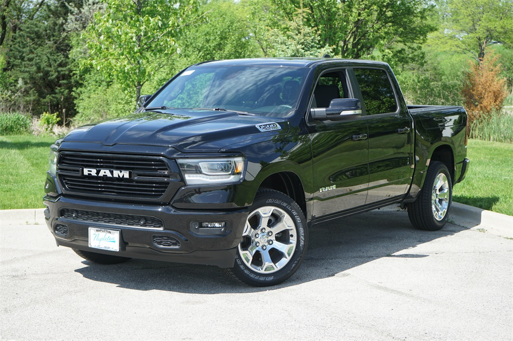 2020 Ram 1500 Crew Cab 4x4, Pickup #R2541 - photo 3