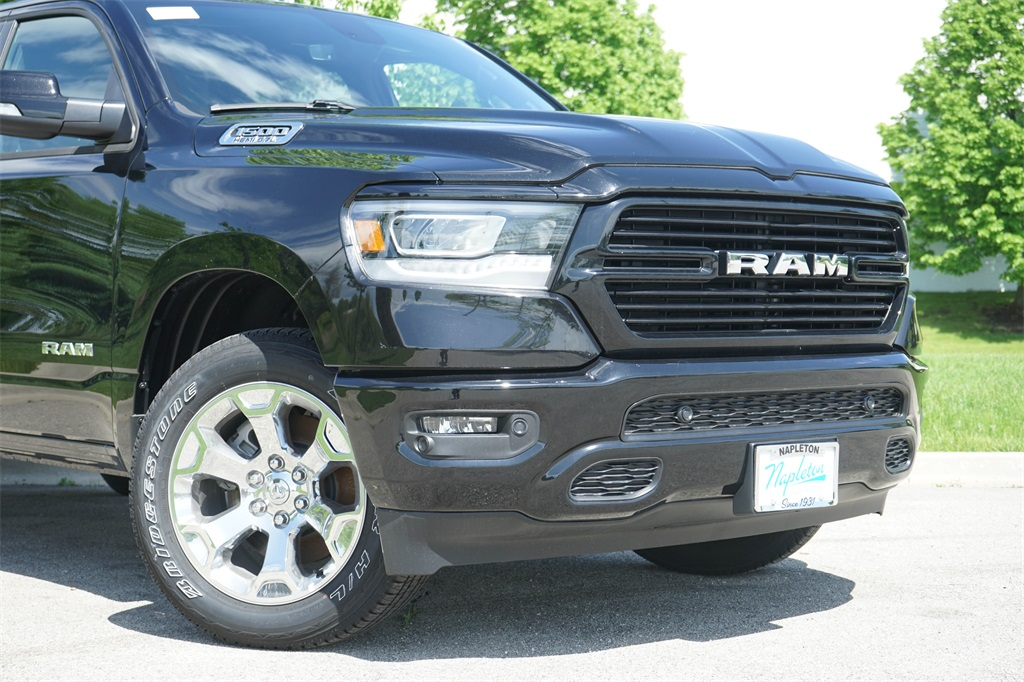 2020 Ram 1500 Crew Cab 4x4, Pickup #R2541 - photo 6