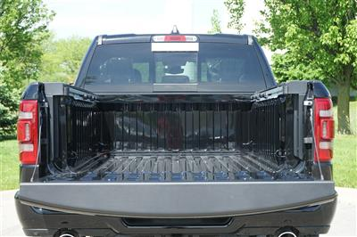 2020 Ram 1500 Crew Cab 4x4, Pickup #R2541 - photo 9