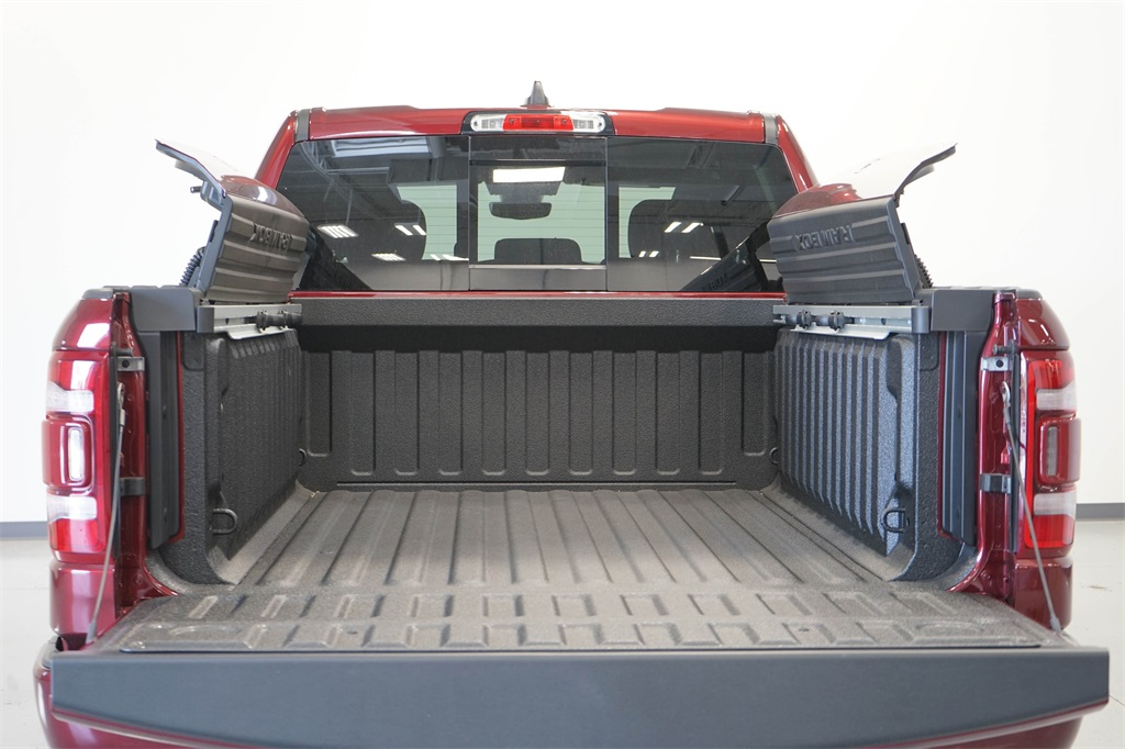 2020 Ram 1500 Crew Cab 4x4, Pickup #R2546 - photo 10