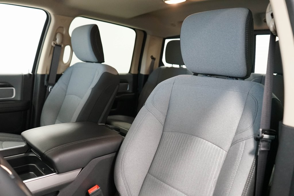 2019 Ram 2500 Crew Cab 4x4, Pickup #R2604 - photo 20