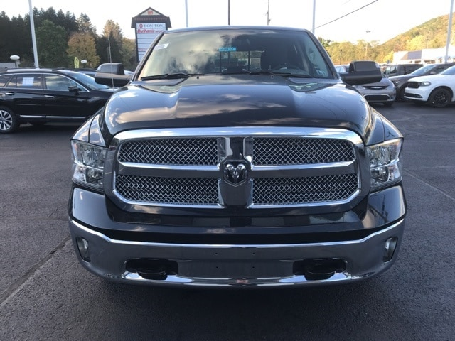 2018 Ram 1500 Crew Cab 4x4 Pickup #W8032 - photo 2