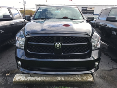 2018 Ram 1500 Crew Cab 4x4, Pickup #W8046 - photo 4