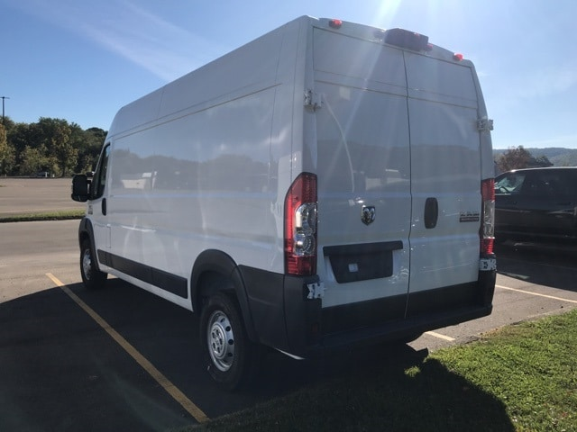 2018 ProMaster 2500 High Roof, Cargo Van #W8047 - photo 2