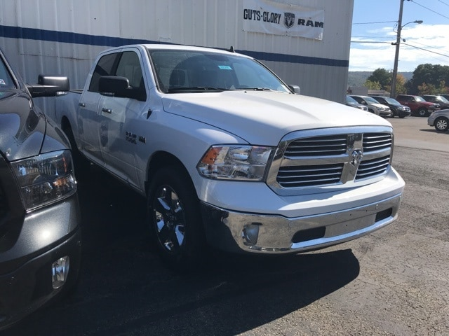 2018 Ram 1500 Crew Cab 4x4 Pickup #W8048 - photo 2