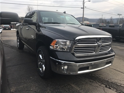 2018 Ram 1500 Crew Cab 4x4 Pickup #W8151 - photo 3