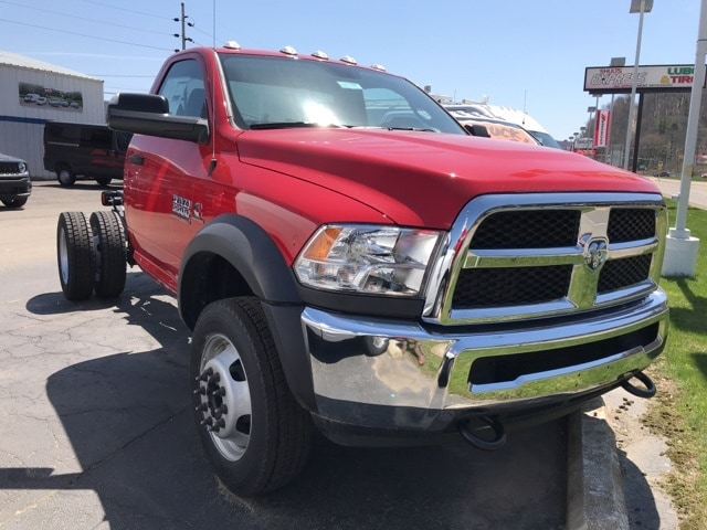 2018 Ram 5500 Regular Cab DRW 4x4,  Cab Chassis #W8199 - photo 3