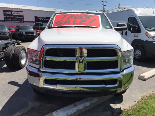 2018 Ram 3500 Regular Cab DRW 4x4,  Cab Chassis #W8215 - photo 4