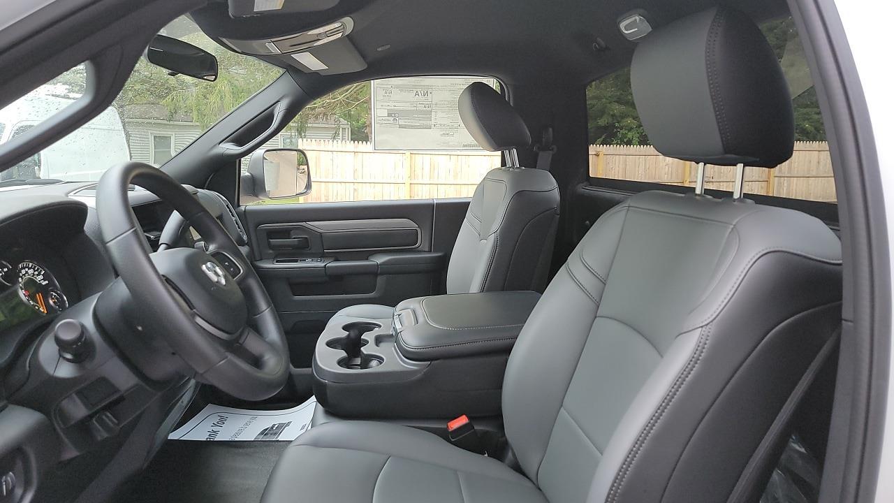 2021 Ram 5500 Regular Cab DRW 4x4,  Cab Chassis #MG699151 - photo 7
