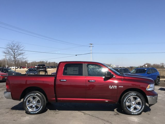 2018 Ram 1500 Crew Cab 4x4, Pickup #8T186 - photo 17