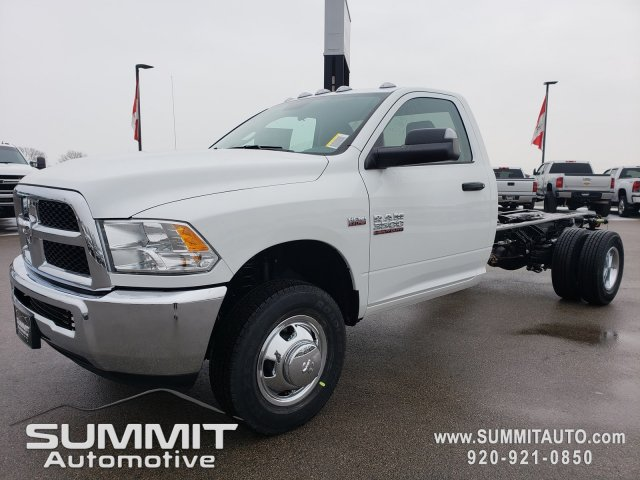 2018 Ram 3500 Regular Cab DRW 4x4,  Cab Chassis #8T417 - photo 20