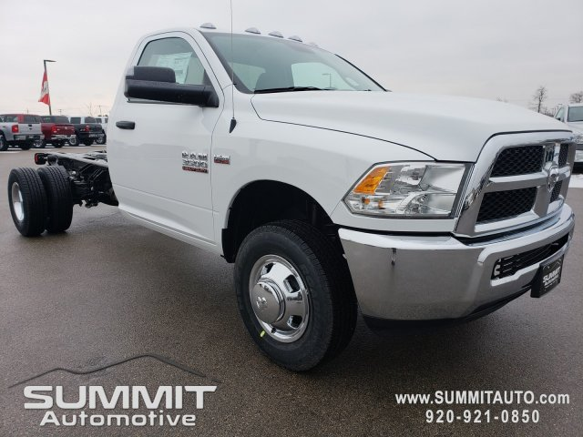 2018 Ram 3500 Regular Cab DRW 4x4,  Cab Chassis #8T417 - photo 23