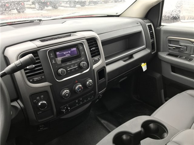 2018 Ram 5500 Regular Cab DRW 4x4,  Cab Chassis #8T67 - photo 8