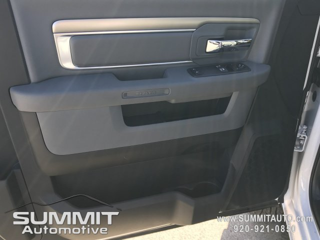 2018 Ram 3500 Regular Cab DRW 4x4,  Knapheide Dump Body #8T71 - photo 19