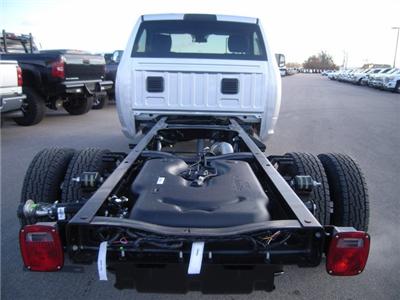 2018 Ram 3500 Regular Cab DRW 4x4, Cab Chassis #8T74 - photo 9