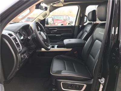 2019 Ram 1500 Crew Cab 4x4, Pickup #9T13 - photo 3